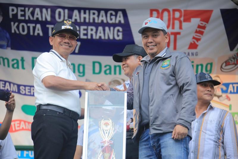 kecamatan-cipondoh-kembali-meraih-juara-umum-porkot-vii-2019