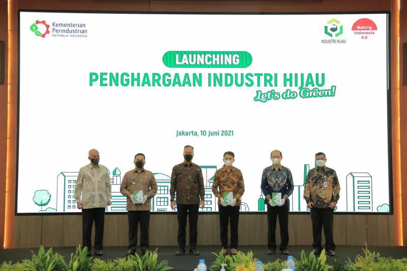 IMG-arief-jadi-wakil-daerah-se-indonesia-dalam-launching-penghargaan-industri-hijau-2021